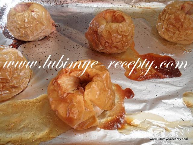 Яблочный торт с яблочным кремом