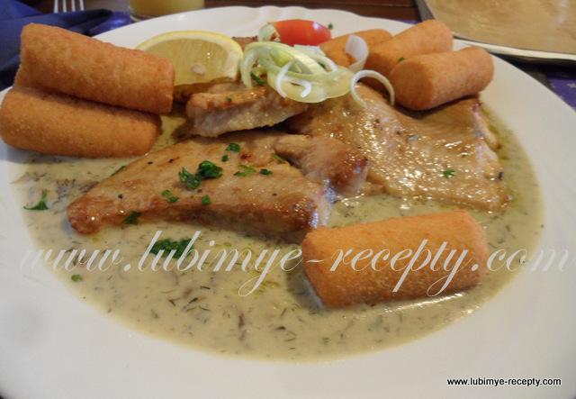 Рыба в укропно-грибном соусе