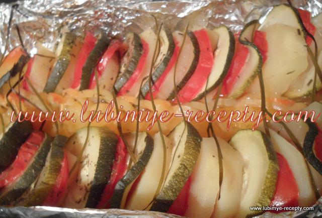 Диетическое. Цукини, помидоры и картофель, запечёные слоями