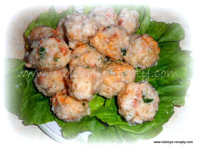 Кнедли-клёцки со шпиком и колбасой по-венгерски