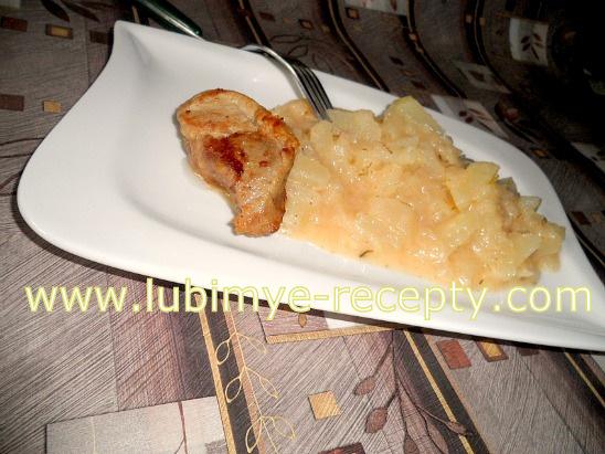 рецепт Тушёные со сметаной кабачки или патиссоны по-венгерски