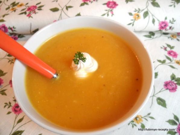 рецепт суп-пюре из тыквы и сельдерея с мёдом, кориандром и тмином