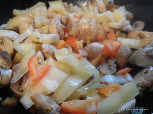 рецепт тыквенный суп-пюре с грибами и болгарским перцем