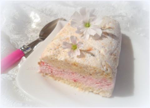 Итальянский десерт Семифреддо с клубникой