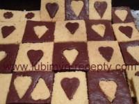 рецепт шоколадные брауни двух цветов виде сердечек