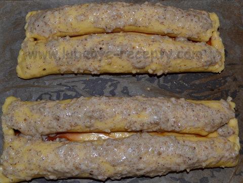 Дрожжевой пирог с вишней рулеты
