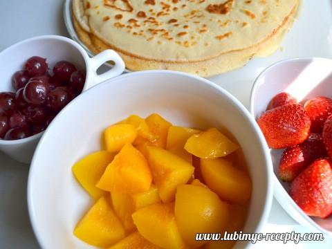 Блинчики с фруктами