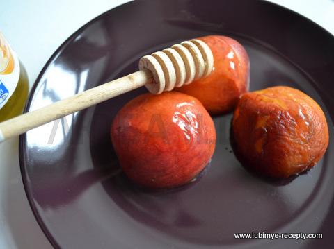 Французский десерт - жареные абрикосы с мороженым2