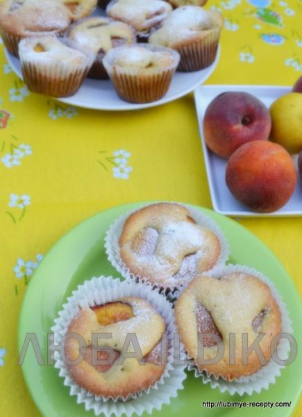 Кексы с персиками  2