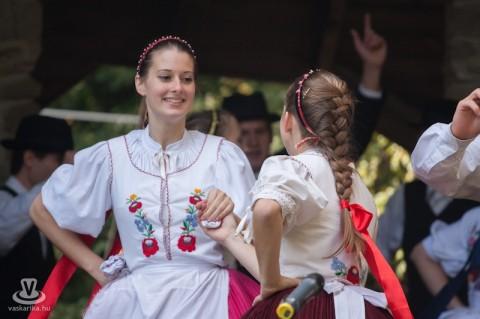 каштановый фестиваль в Венгрии