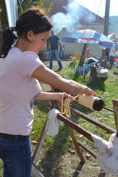 Фото Венгрии. Венгерский каштановый фестиваль. вегерские калачи