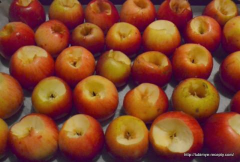 Домашние заготовки на зиму. Компот из запечёных яблок. 1