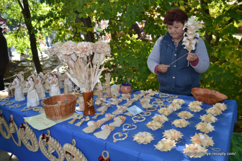 Festivali-Vengrii.-Gesztenyeв_nnep36-480x320