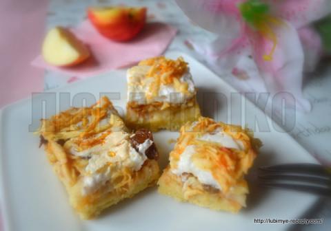 Яблочный пирог со взбитыми белками