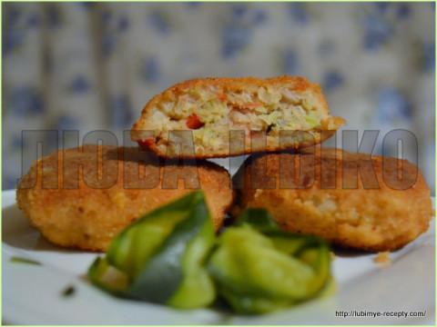 Овощные котлеты с рыбой и цуккини на пару