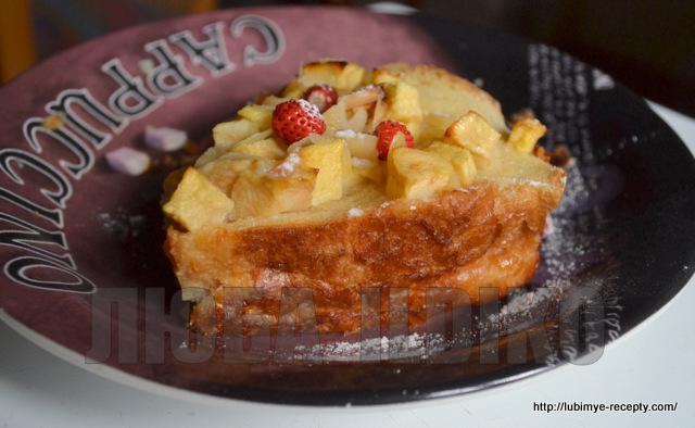 Шарлотка с яблоками и хлебом 6