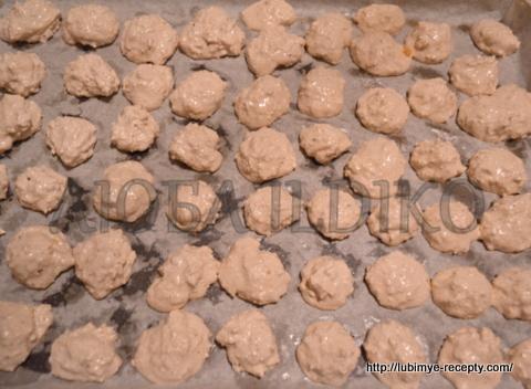Печенье безе с кокосом, орехами и шоколадом 4