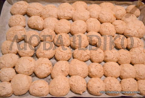 Печенье безе с кокосом, орехами и шоколадом 3