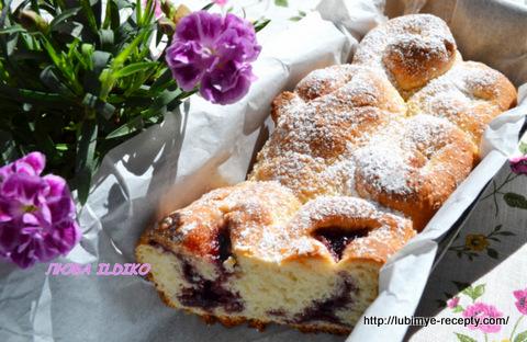 Дрожжевой пирог в хлебопечке