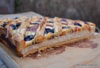 Пирог с творогом и вареньем 7