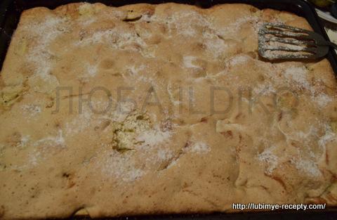 Легкий пирог с яблоками1