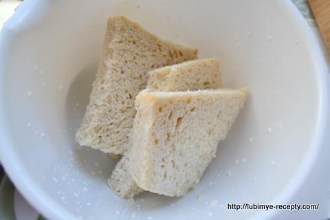 Хлеб для котлет из хека