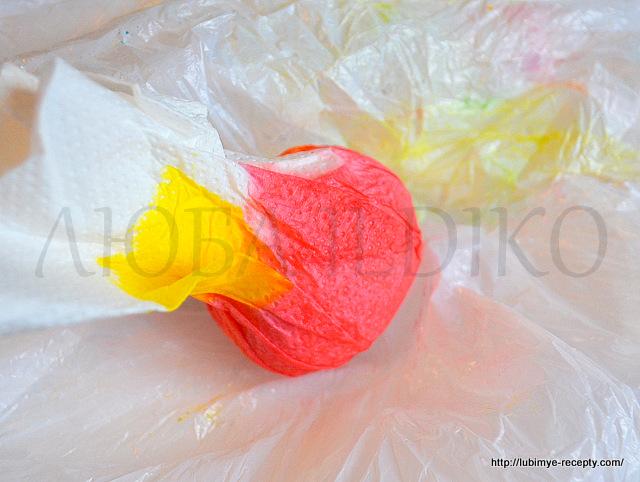 Как красиво покрасить яйца4