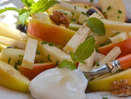Салат фруктовый1